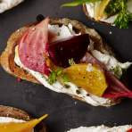 Beet & Goat Cheese Tartines Recipe