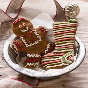 How to Decorate Christmas Cookies with Natural Coloring
