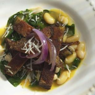 Portobello Paillards with Spinach, White Beans & Caramelized Onions Recipe